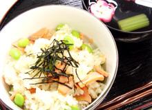 枝豆と鮭のまぜご飯